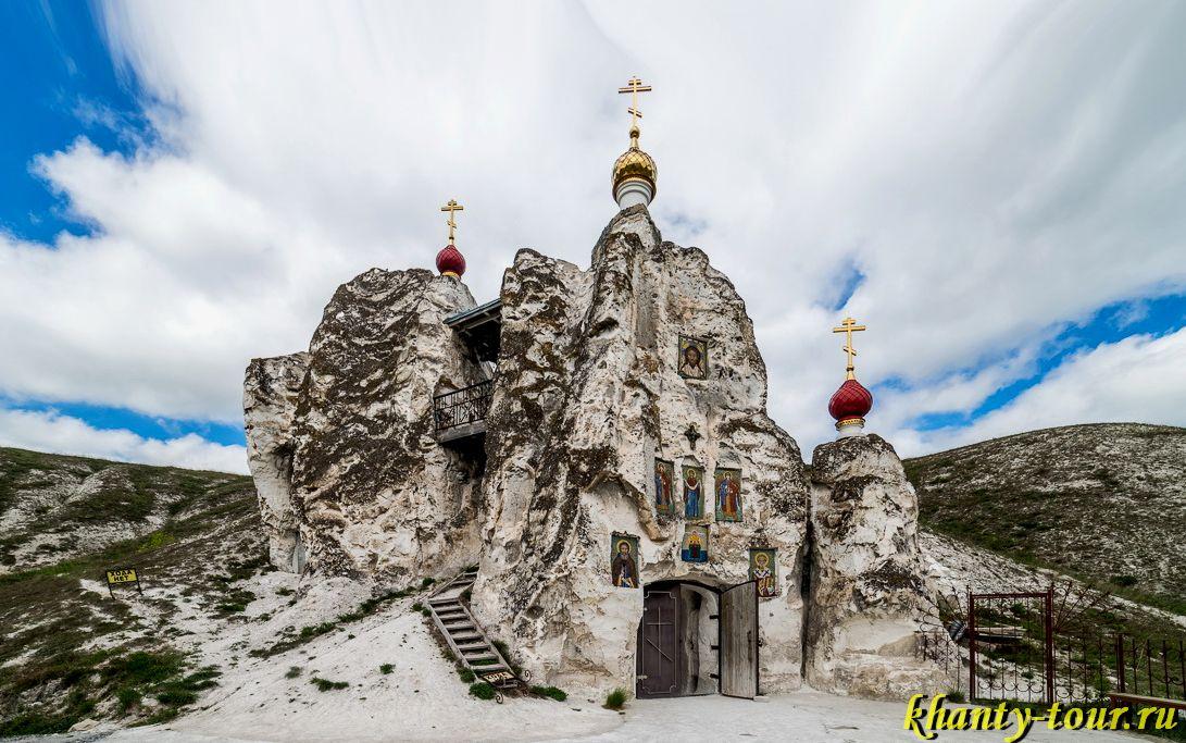 Костомаровский пещерный монастырь